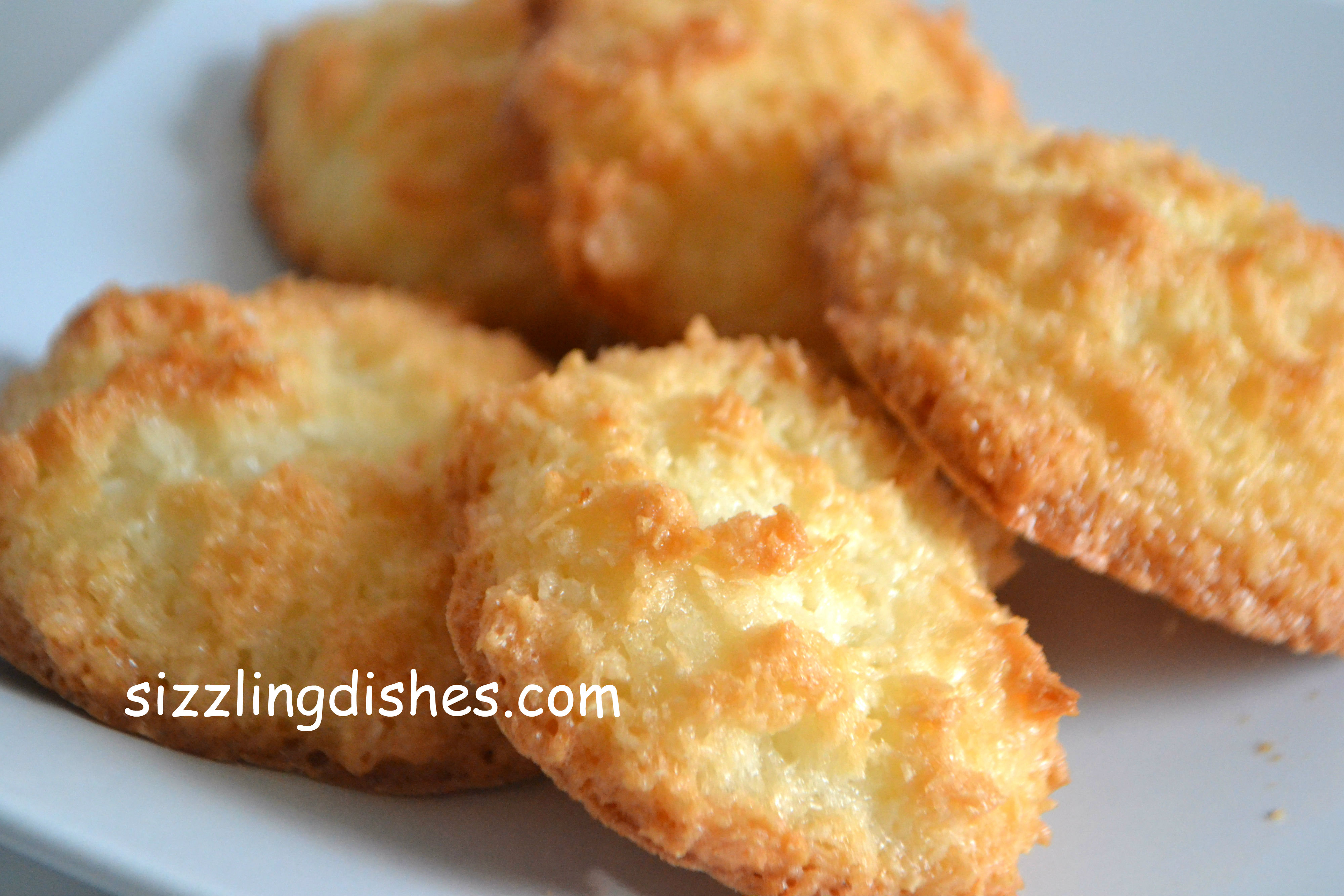 Easy Coconut Macaroons Sizzling Dishes